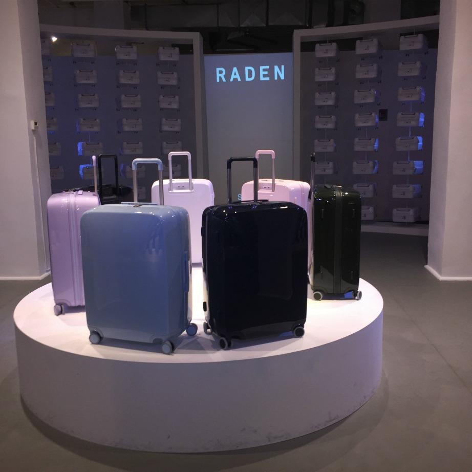 Οι έξυπνες βαλίτσες κυκλοφορούν σε 6 διαφορετικές αποχρώσεις.