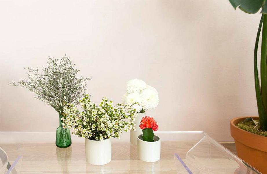 Χωρίστε τα λουλούδια σας για το καλό του coffee table σας!