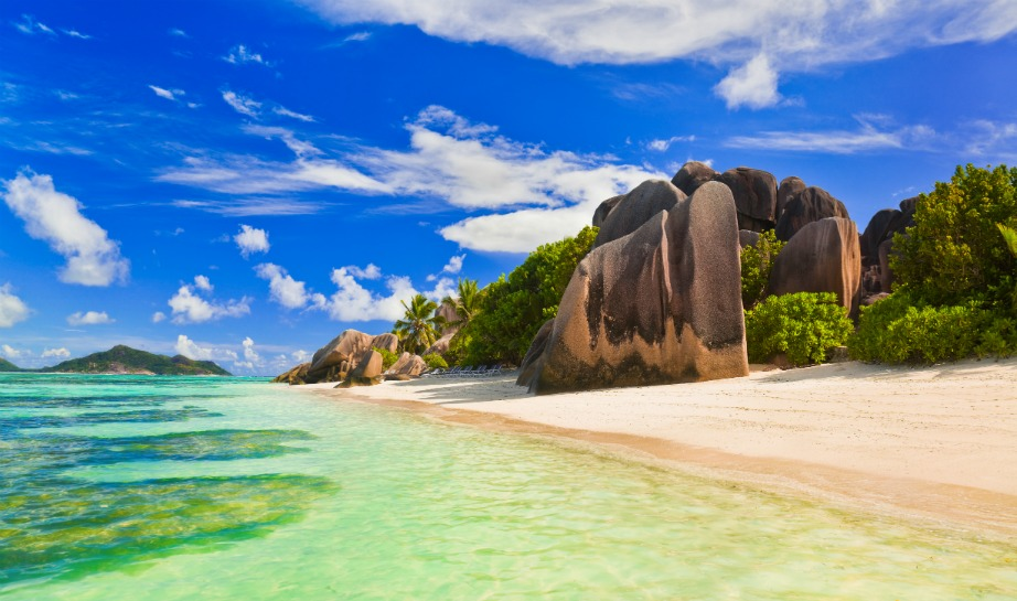 Η εξωτική παραλία Source d'Argent στις Σεϊχέλες.