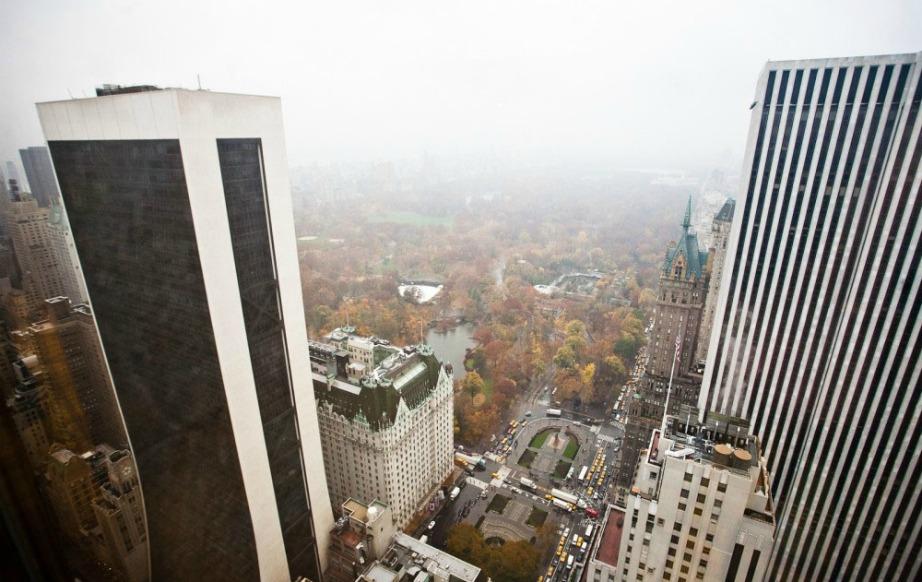 Η υπέροχη θέα του πύργου προς το Central Park.