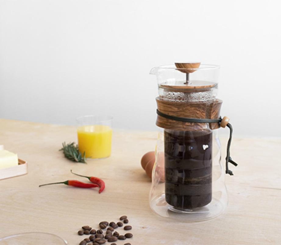 Φτιάξτε εύκολα και γρήγορα έναν ατομικό γαλλικό καφέ.