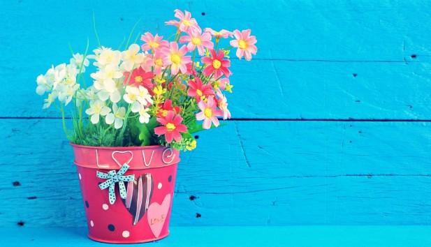 5 Υπέροχοι, Ανοιξιάτικοι Τρόποι για να Μεταμορφώσετε τις Γλάστρες σας