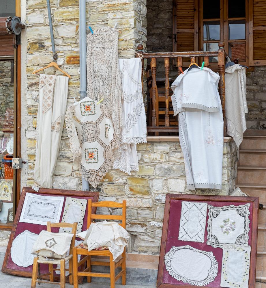 Τα σεμέν του χωριού Λεύκαρα είναι τα πιο ξακουστά στην Κύπρο.