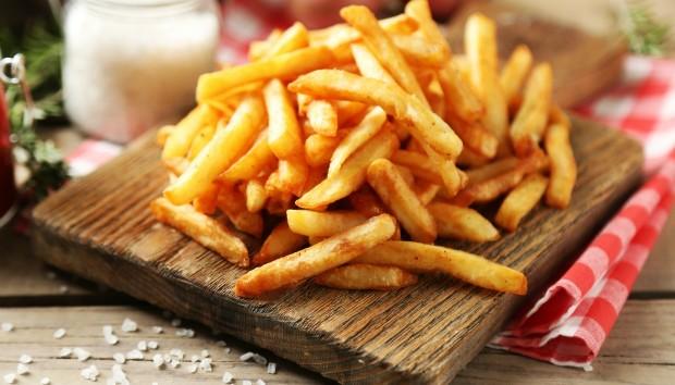 Με Αυτόν τον Τρόπο θα Φτιάξετε τις πιο Υγιεινές Τηγανητές Πατάτες