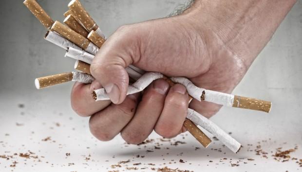 8 Πρώην Καπνιστές σας Συμβουλεύουν Πώς να Κόψετε το Κάπνισμα
