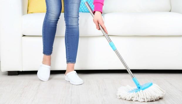 Αυτό το «Εργαλείο» θα Καθαρίσει το Σπίτι σας ενώ Εσείς Κοιμάστε!