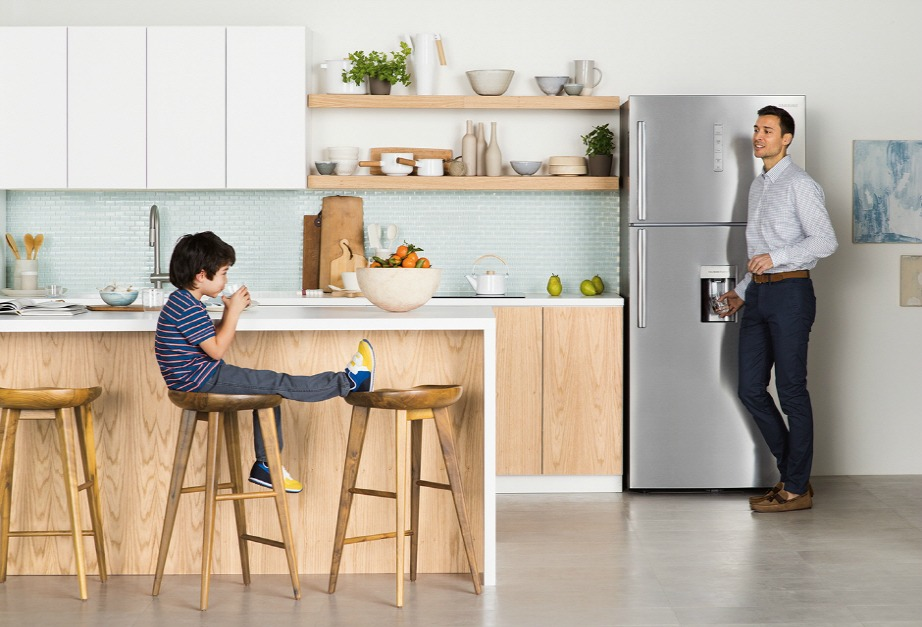 Το νέο ψυγείο με τεχνολογία Twin Cooling Plus, θα διατηρήσει τα τρόφιμα σας φρέσκα και τα φρούτα σας τραγανά.Το νέο ψυγείο με τεχνολογία Twin Cooling Plus, θα διατηρήσει τα τρόφιμα σας φρέσκα και τα φρούτα σας τραγανά.