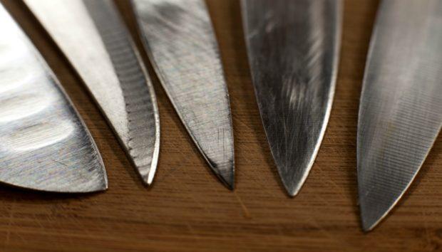 DIY: Φτιάξτε τη Δική σας Βάση για Μαχαίρια