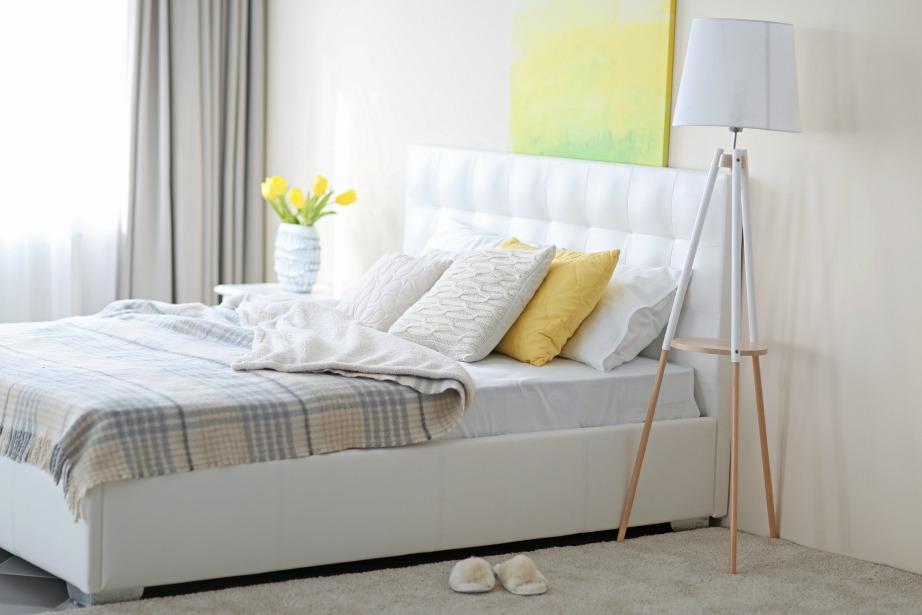 Το λευκό βγάζει ηρεμία, καθαριότητα και μεγαλώνει αισθητά τον προσωπικό σας χώρο.