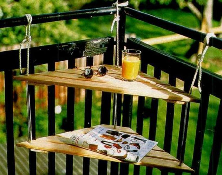 Φτιάξτε εύκολα και οικονομικά αυτά τα υπέροχα ραφάκια για το μικρό σας μπαλκόνι.