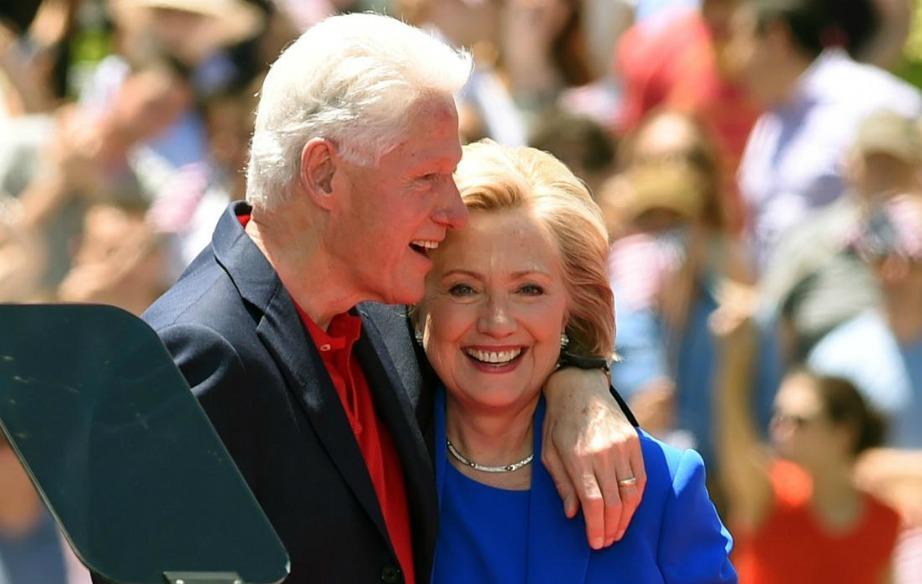 Παρά τα προβλήματα που αντιμετώπισαν στο παρελθόν με τον γάμο τους (λόγω του γνωστού σκανδάλου) παραμένουν ένα πολύ αγαπημένο ζευγάρι.