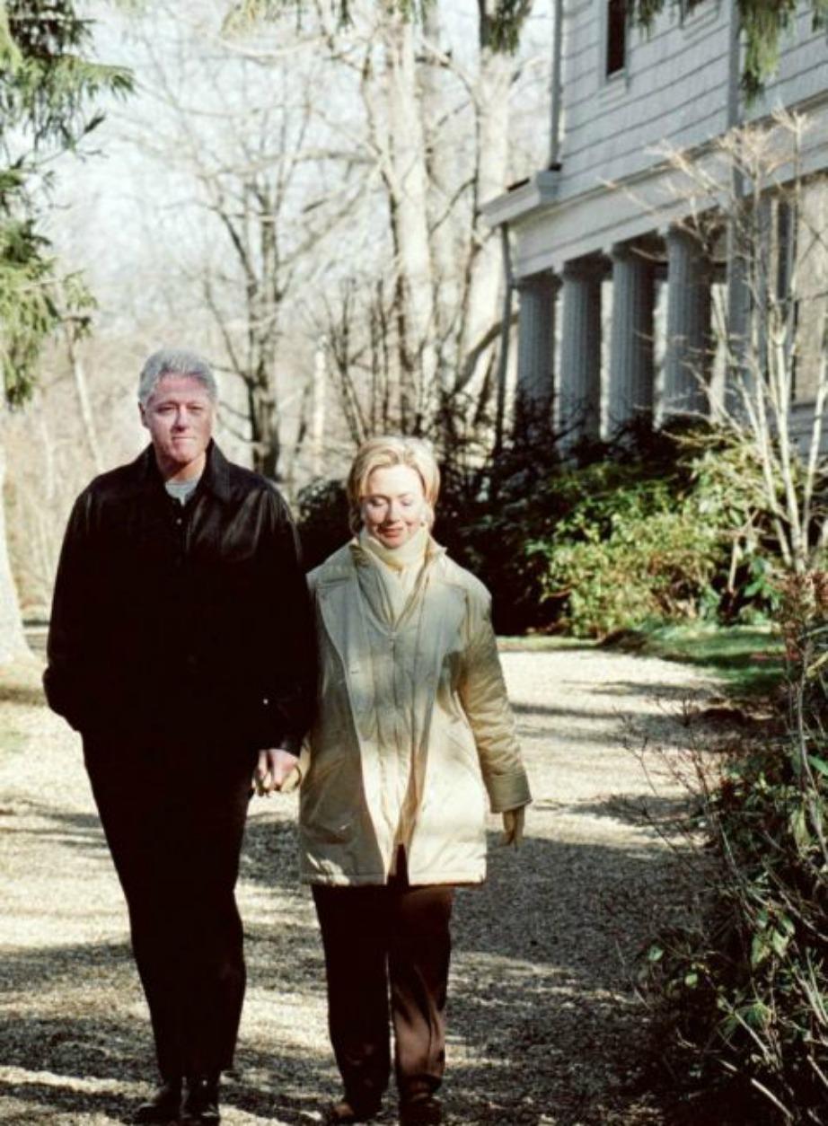 Το ζευγάρι θέλει να αναβαθμίσει το σπίτι του αλλά για την ώρα περιμένει μήπως και μετακομίσει (και πάλι) στον Λευκό Οίκο.