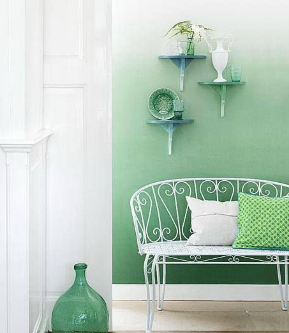 Δείτε πόσο υπέροχος δείχνει αυτός ο χώρος με το όμπρε βάψιμο στους τοίχους και τη διακόσμηση σε παρόμοιες αποχρώσεις.