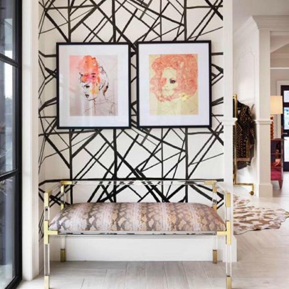 Απογειώστε το αποτέλεσμα βάζοντας στον τοίχο σας 2 κάδρα με μαύρο κάδρο και λευκό πασπαρτού ενώ κρατήστε τα υπόλοιπα χρώματα του ουράνιου τόξου για το περιεχόμενο του θέματος.