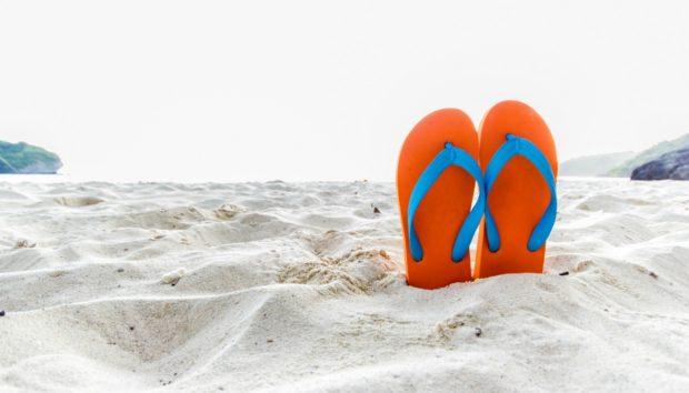 Πώς να Προστατευτείτε από τον Καύσωνα στην Παραλία
