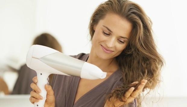 Αλλάξτε το Χρώμα των Μαλλιών σας με ένα Μυστικό Υλικό