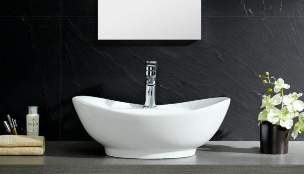 Σκουριά στο Μπάνιο: Διώξτε την Γρήγορα με 3 Μαγικές Συνταγές
