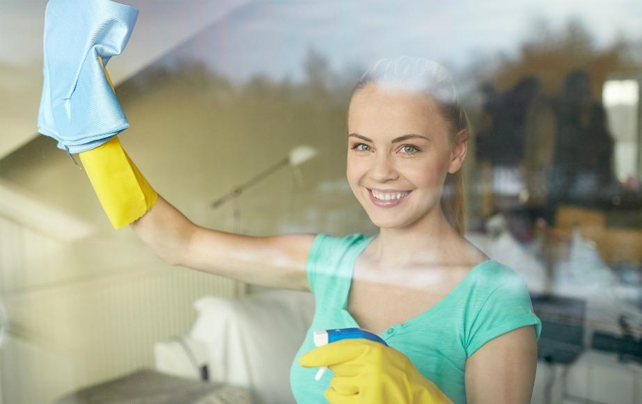Οι συννεφιασμένες μέρες είναι ιδανικές για καθάρισμα των παραθύρων.