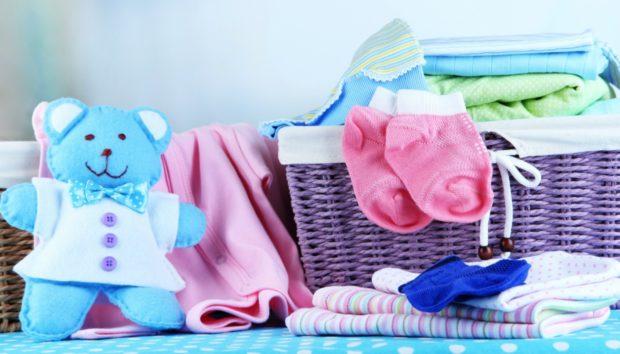 Κι όμως! Μπορείτε να Φτιάξετε Μόνοι σας Απορρυπαντικό Ρούχων για Μωρά