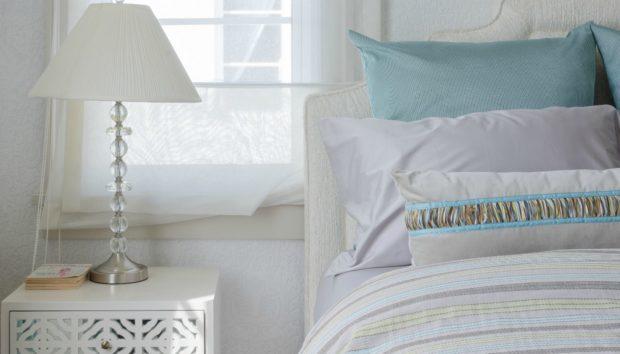 Κάντε Αυτές τις 3 Αλλαγές στο Υπνοδωμάτιο για να Κοιμηθείτε σαν Πουλάκι