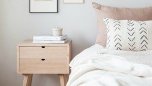thehomeissue_bedsidetable