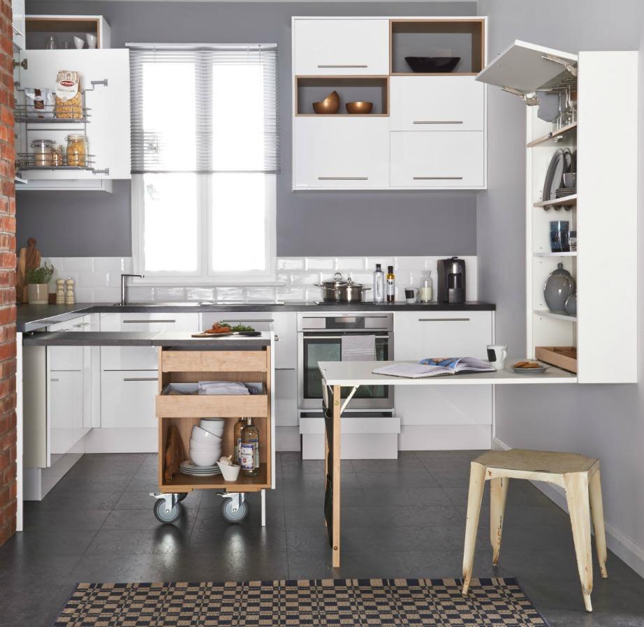 Η σούπερ λειτουργική αυτή κουζίνα κυκλοφορεί από την εταιρία Magnet.