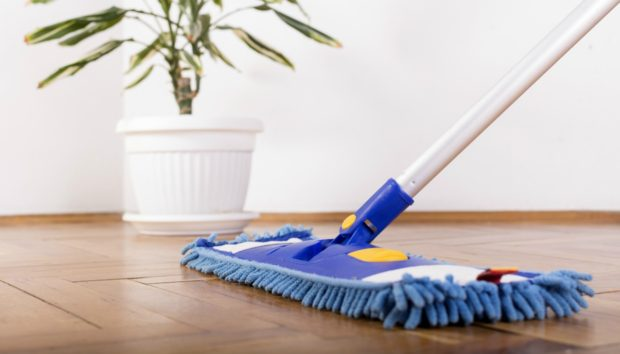 Laminate Δάπεδο: Συμβουλές Καθαρισμού και Συντήρησης
