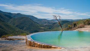 Η πιο εντυπωσιακή φυσική πισίνα που έχουμε δει!