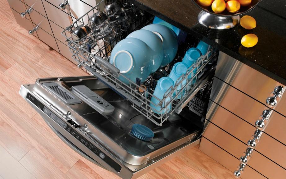Φροντίστε επίσης να μην υπερφορτώνετε το πλυντήριό σας.