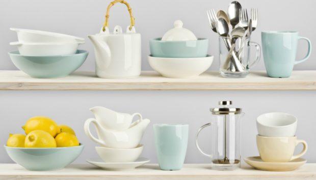 10+1 Τρόποι για να Οργανώσετε τα Ράφια της Κουζίνας