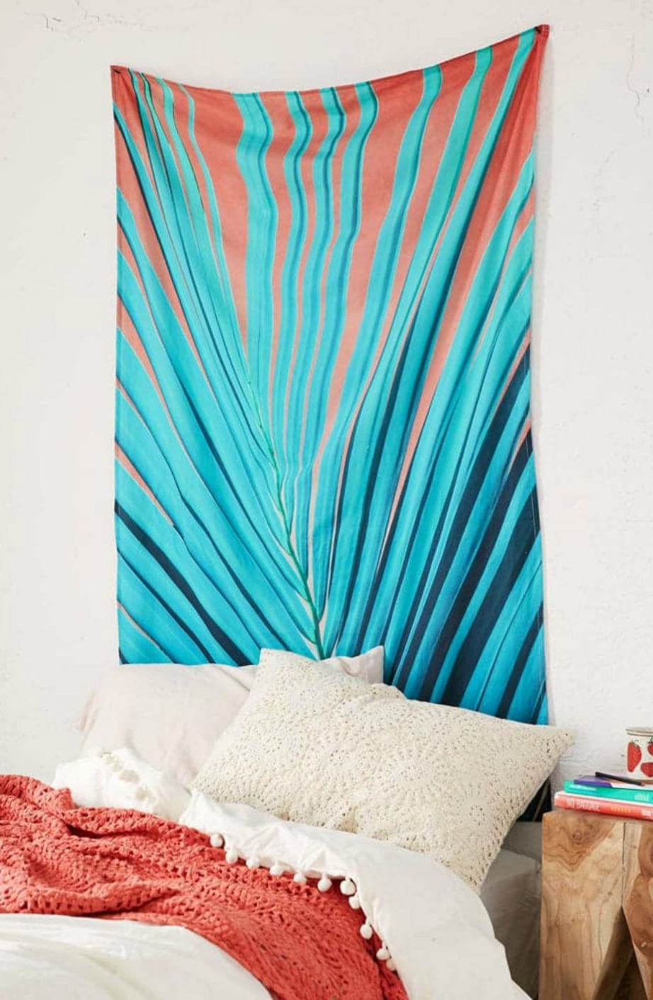 Μέχρι να πάτε διακοπές...βάλτε την πετσέτα σας στον τοίχο.