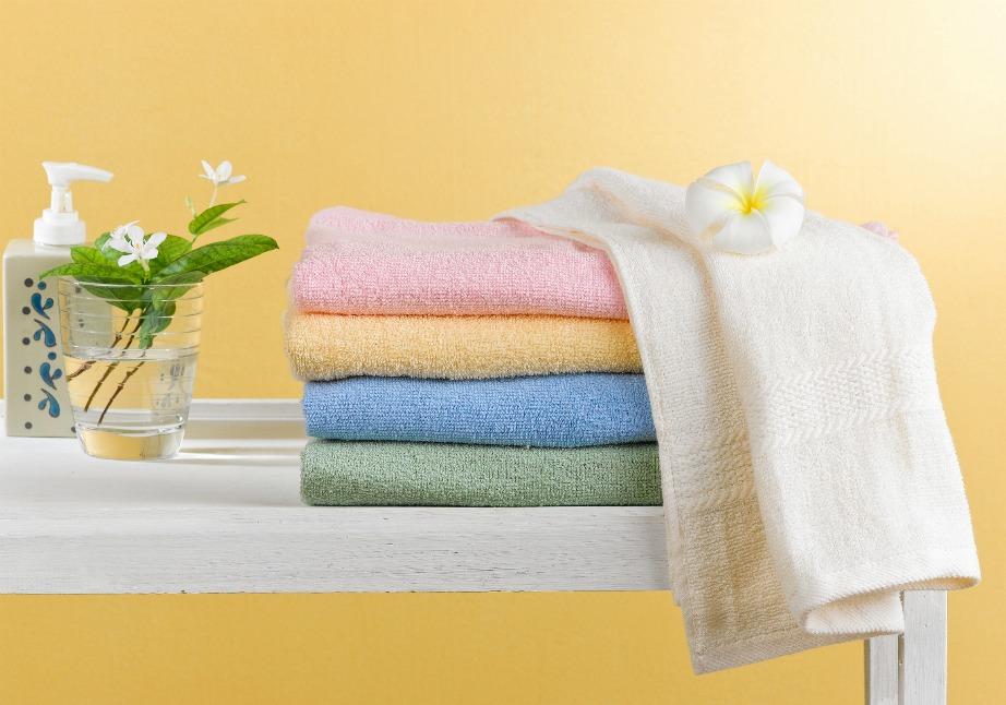 Για μυρωδάτες πετσέτες θα χρειαστείτε λίγο αποσταγμένο λευκό ξίδι.