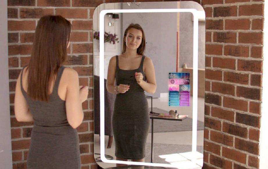 Ο selfie mirror είναι ιδιαίτερα δημοφιλής τελευταία.