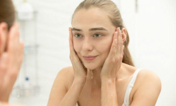 Κάντε Μόνοι σας Botox με την πιο Aποτελεσματική Mάσκα Προσώπου!