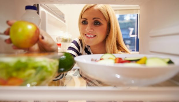Αυτές Είναι οι Καλοκαιρινές Τροφές που δεν Μπαίνουν Ποτέ στο Ψυγείο