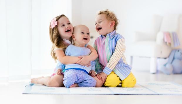 Παιδιά Διαφορετικού Φύλου στο Ίδιο Δωμάτιο: Δείτε πώς Μπορείτε να Εξοικονομήσετε Χώρο Έξυπνα