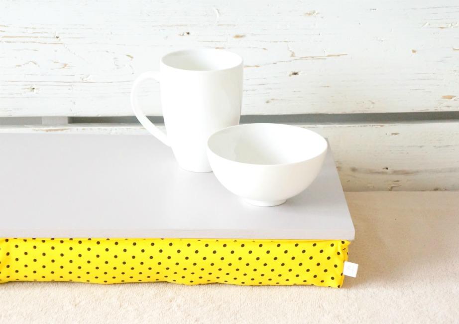 Σε αυτόν τον δίσκο μπορείτε να φάτε το πρωινό σας αλλά και να δουλέψετε ταυτόχρονα με τον υπολογιστή σας.