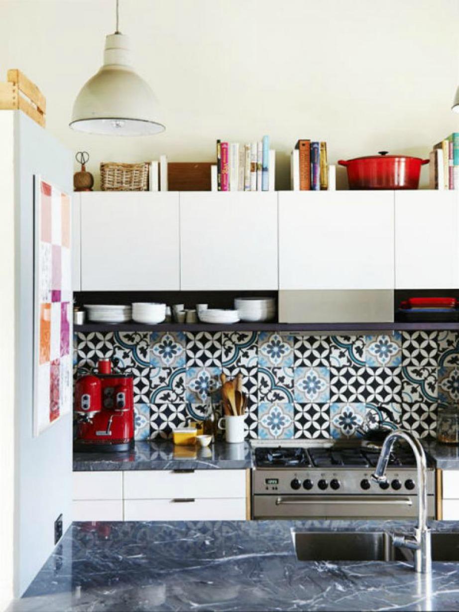 Διακοσμήστε την κουζίνα σας με βιβλία μαγειρικής!