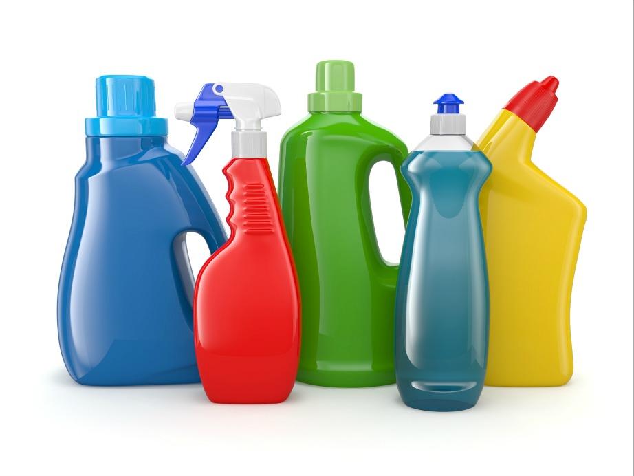 Με αγνά προϊόντα μπορείτε να φτιάξετε τα δικά σας καθαριστικά.
