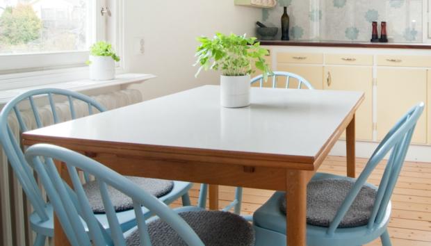 Αυτό Είναι το πιο Περίεργο Τραπέζι για την Κουζίνα σας
