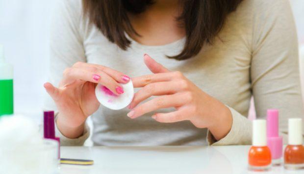 DIY: Φτιάξτε Ασετόν με Υλικά...από την Κουζίνα!
