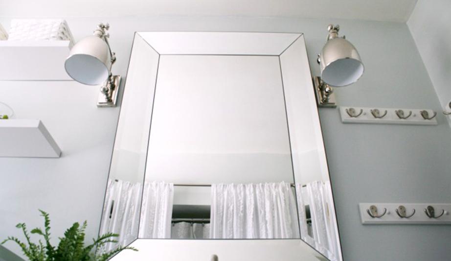 Αντικατάσταση καθρεπτών και εισαγωγή νέων φωτιστικών μέσων.