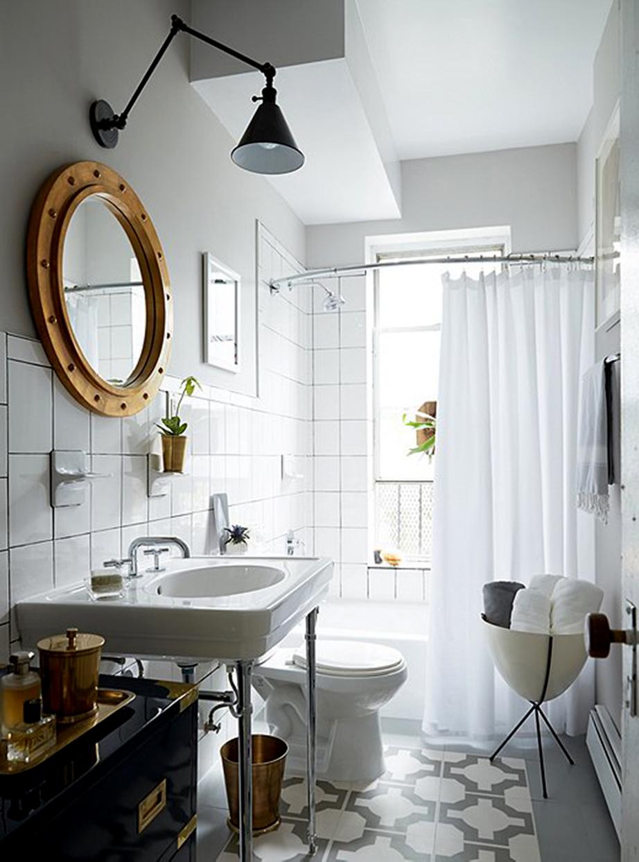 Η αίγλη του μπάνιου μετά την ανανέωση δεν θυμίζει σε τίποτε αυτό που πριν ήταν.
