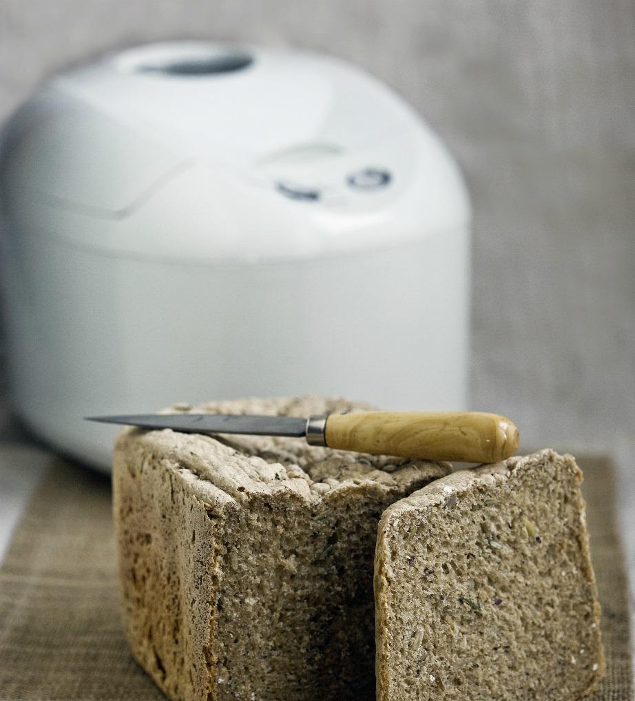 Μόνο αν μπορείτε να βρείτε οικονομικά υλικά αξίζει να φτιάχνετε το ψωμί σας στο σπίτι.