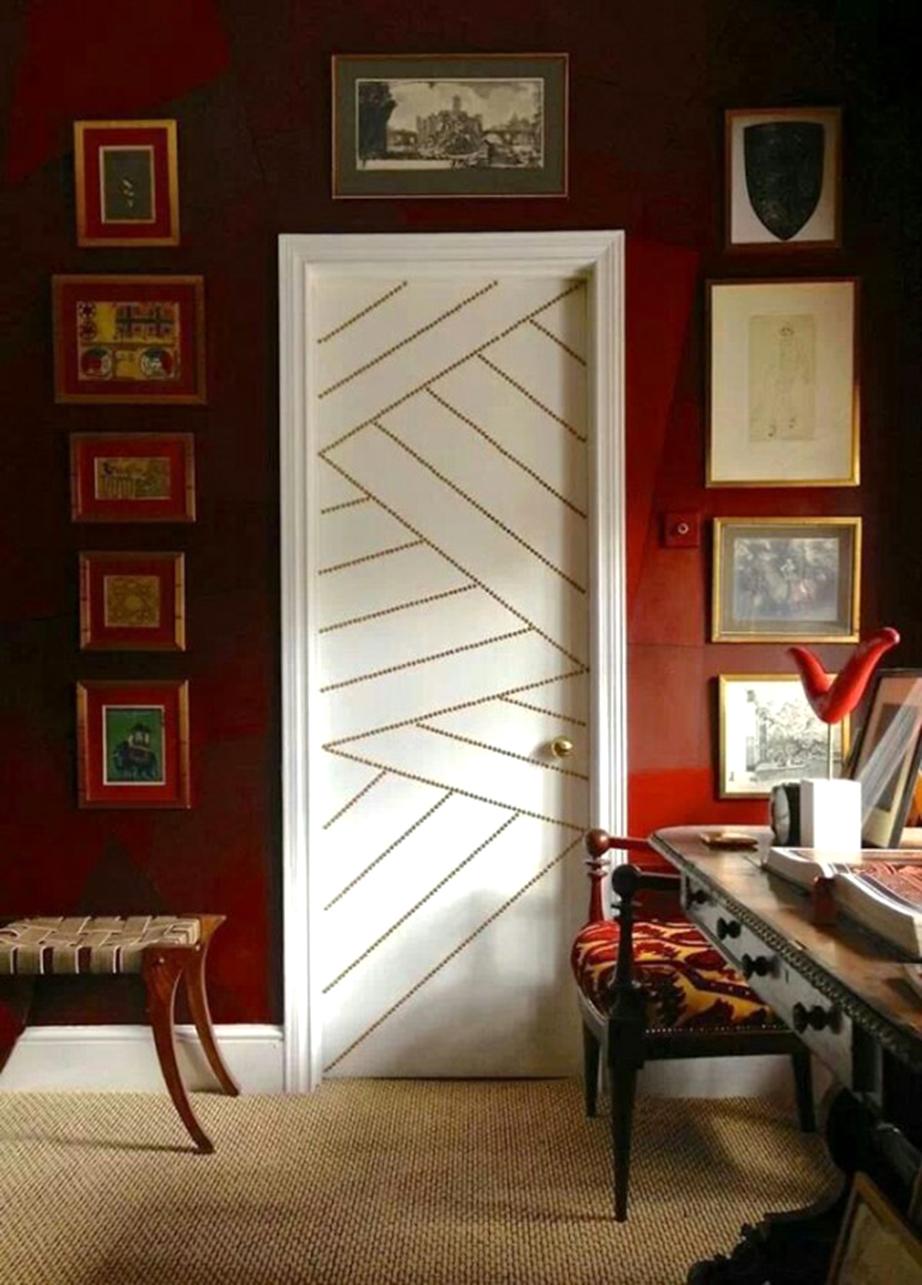 Αλλάξτε την εικόνα στις εσωτερικές σας πόρτες χρησιμοποιώντας χρώματα.