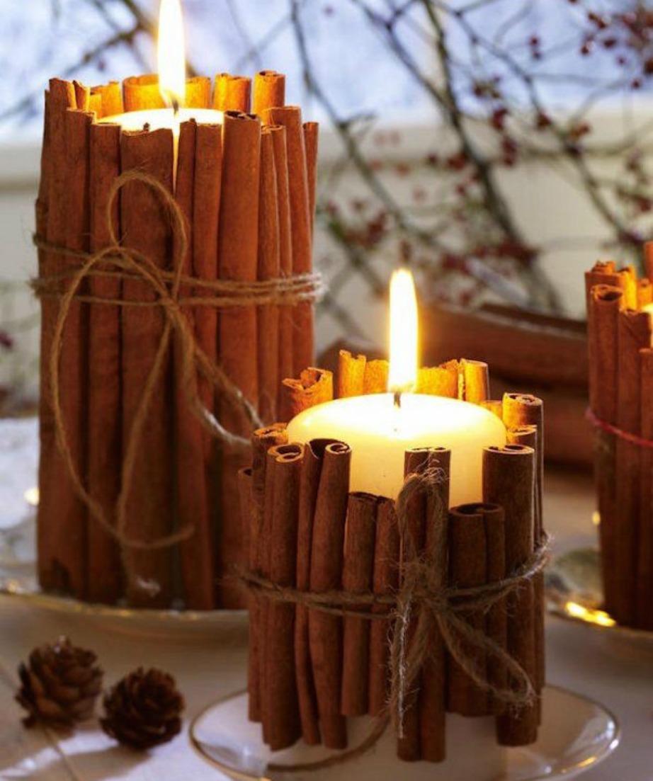 Χρησιμοποιήστε κλωναράκια κανέλας για να φτιάξετε ένα κερί με διακριτικό άρωμα κανέλας!