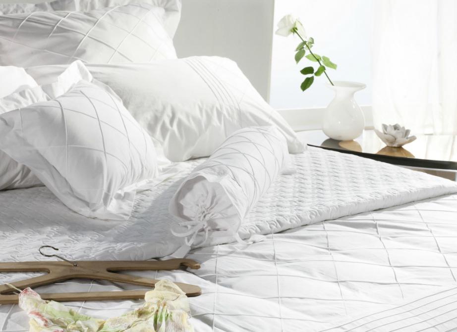 Το λευκό χρώμα κάνει το δωμάτιό σας να φαίνεται μεγαλύτερο.