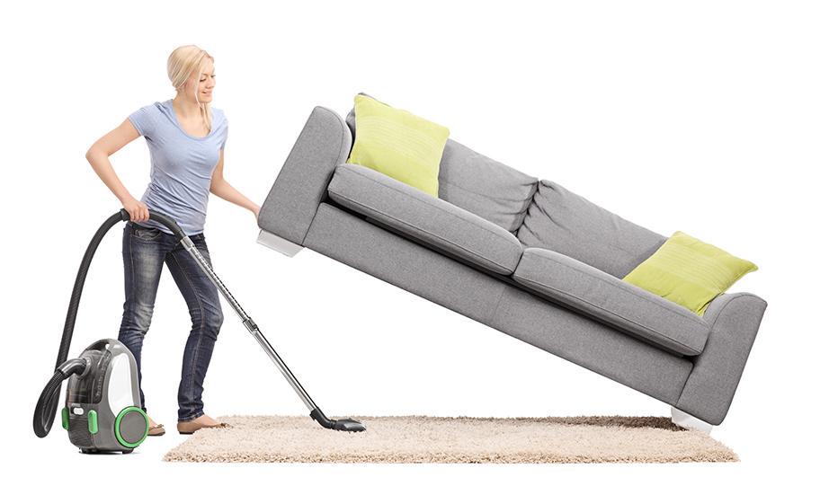 Μετακινήστε σιγά τα έπιπλα και σκουπίστε επίμονα κάτω και γύρω από αυτά.