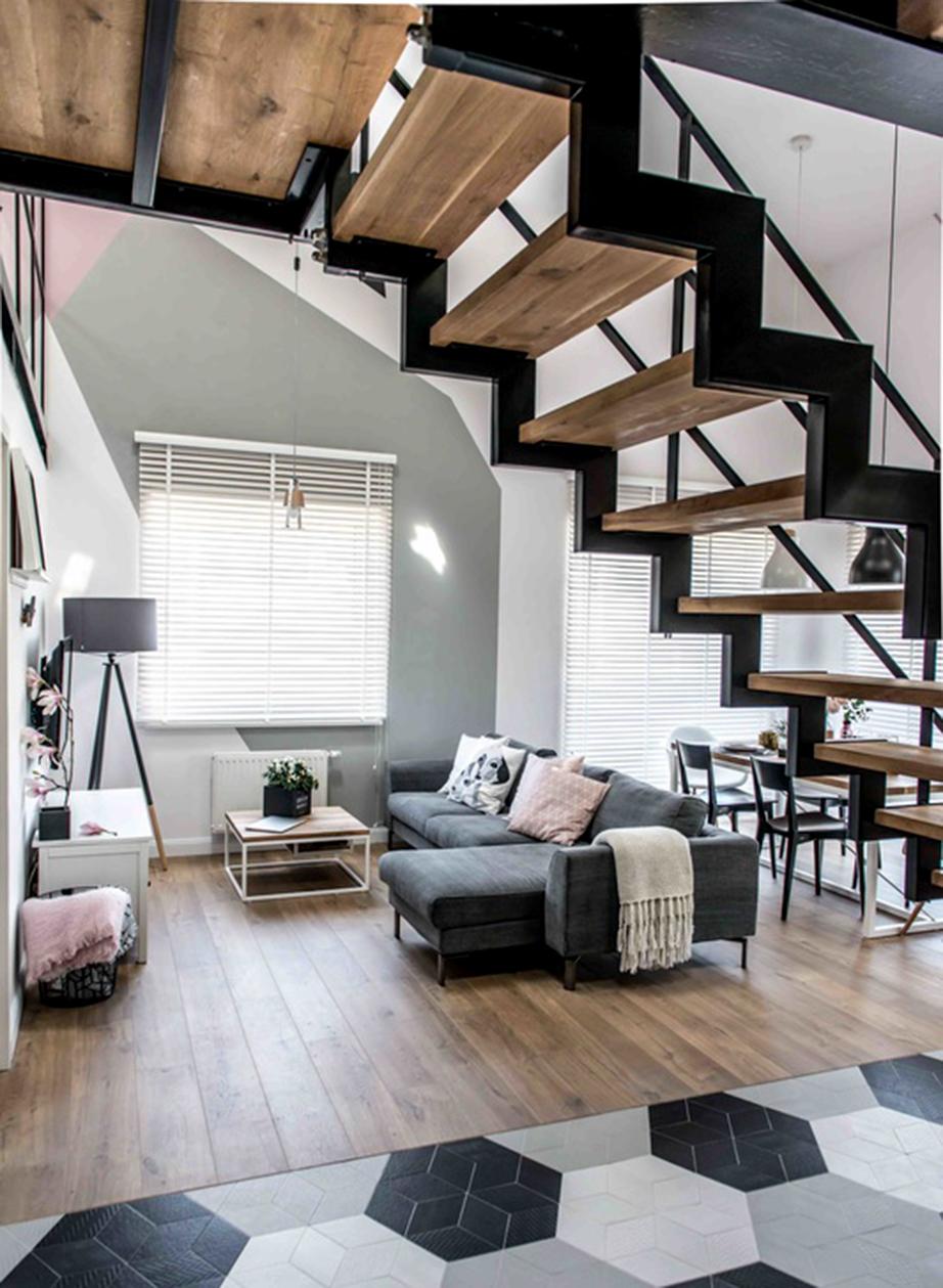 Αποφεύγετε την ύπαρξη σκάλας ή ακόμη και μερικών σκαλοπατιών στο κέντρο του σπιτιού.