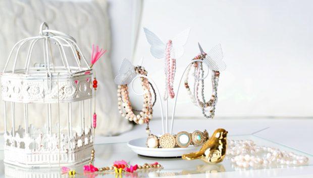Kαθαρίστε τα Κοσμήματά σας με Κέτσαπ και Άλλο ένα «Μαγικό» Υλικό